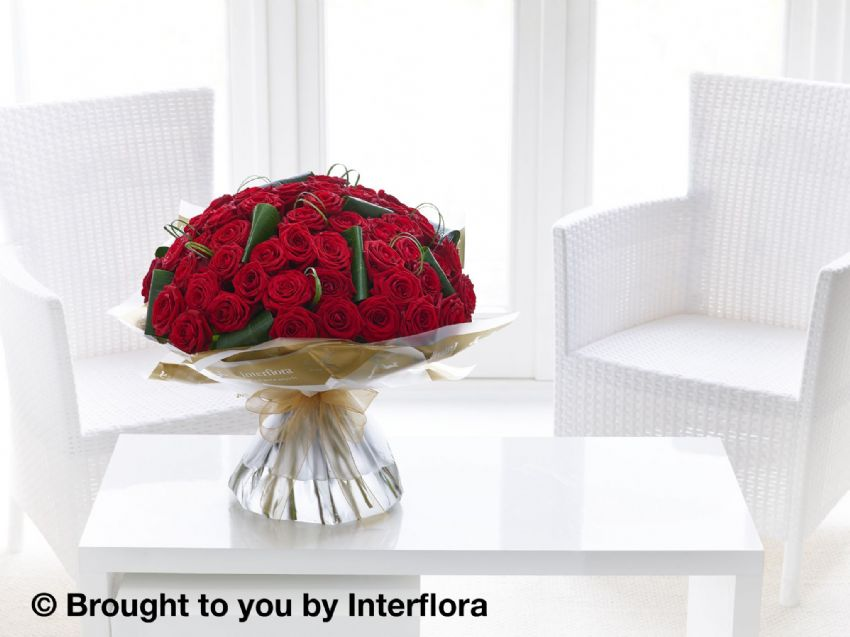 Unforgettable 50 Rose Hand Tied